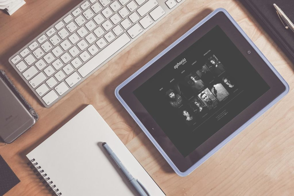 Aphonia Booking - Sito Web - Responsive Design - Tablet Artist